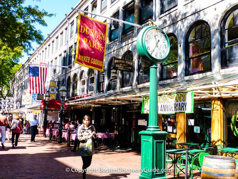 Durgin Park restaurant at Faneuil Marketplace