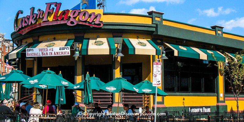 Cask 'n Flagon sports bar near Fenway Park in Boston