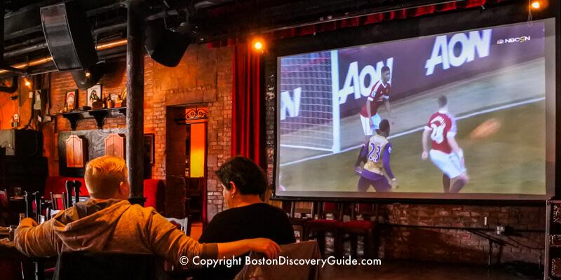 Lansdowne Pub - Irish bar / sports bar near Fenway Park in Boston