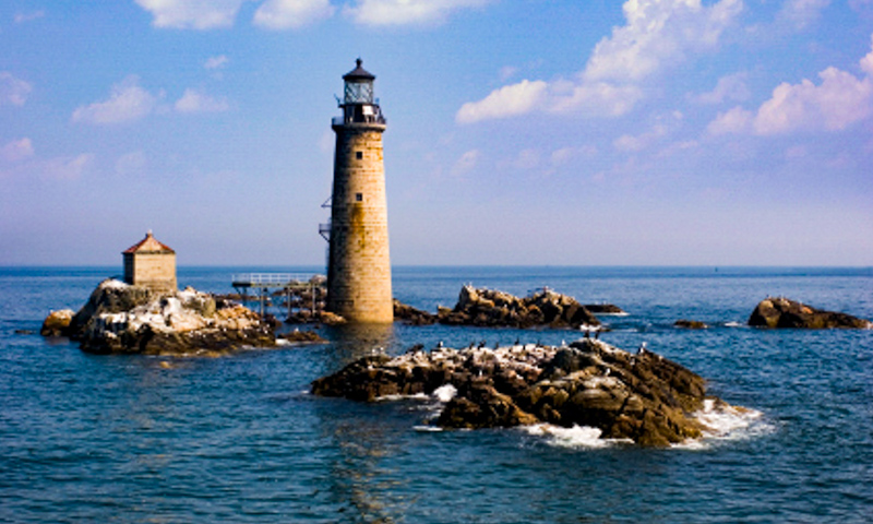 Graves Lighthouse - part of fall foliage tour from Boston