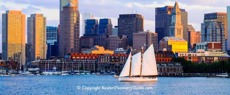 Boston Calendar July 2021 Background