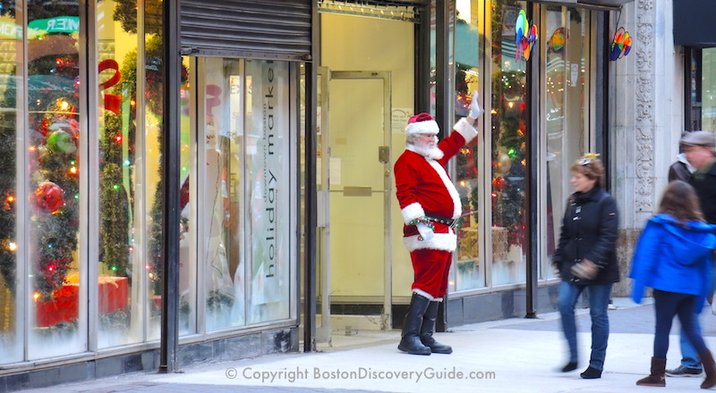 Holiday shoppers and Santa in Boston's Downtown Crossing