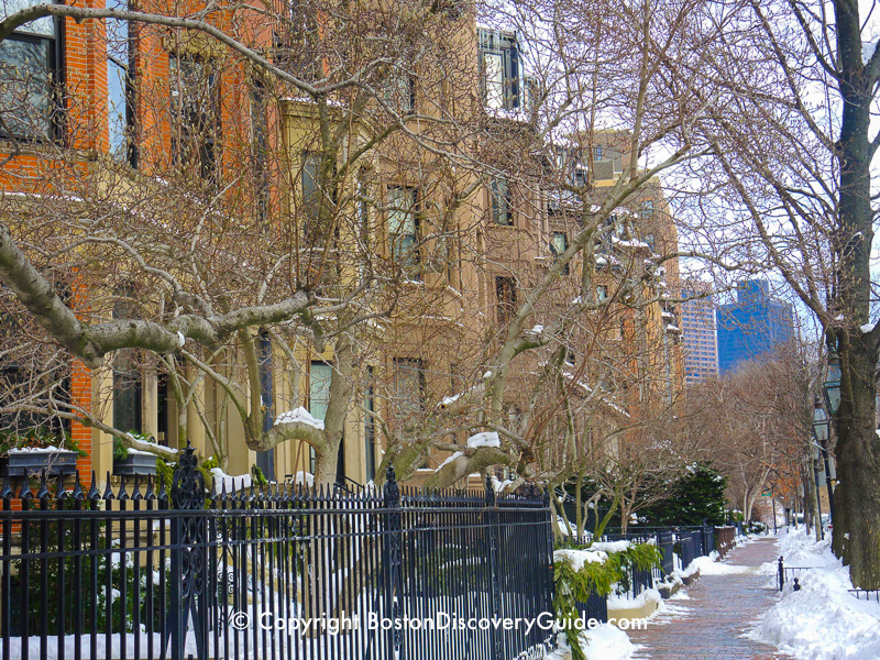 Winter walking tour of Boston: Mansions along Beacon Street