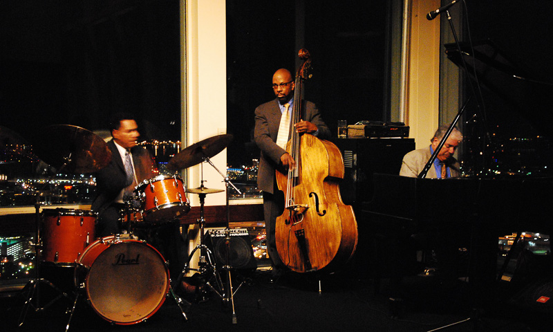 Jazz trio playing in Top of the Hub Lounge (Photo courtesy of May Wong)