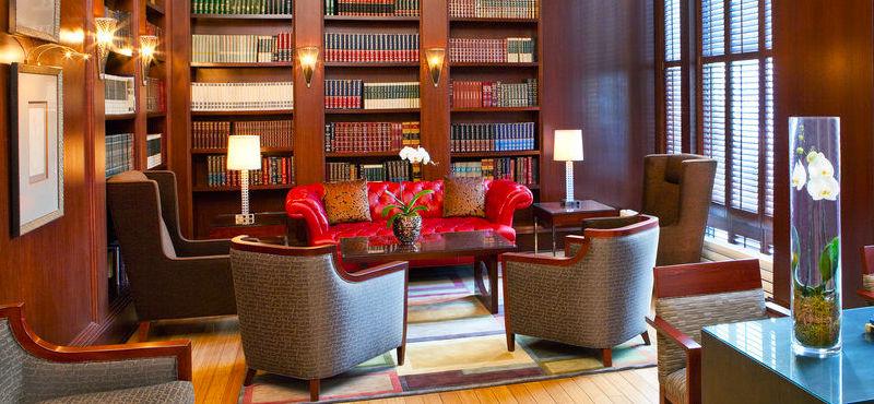 Boston Financial District Hotels - Hilton Boston Downtown/Faneuil Hall