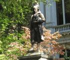 Ben Franklin Statue in Boston