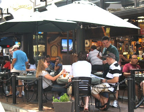 Outdoor diners at Cheers, in Quincy Hall in Boston, Massachusetts, USA